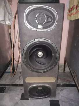 """KENWOOD WOOFER 12"""" with  AMP"""