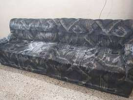 7 seater sofa in a very good condition,only intrested one contact me