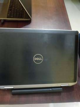 DELL intal CORE ,I5 2nd gen,4/500 gb  14inch display
