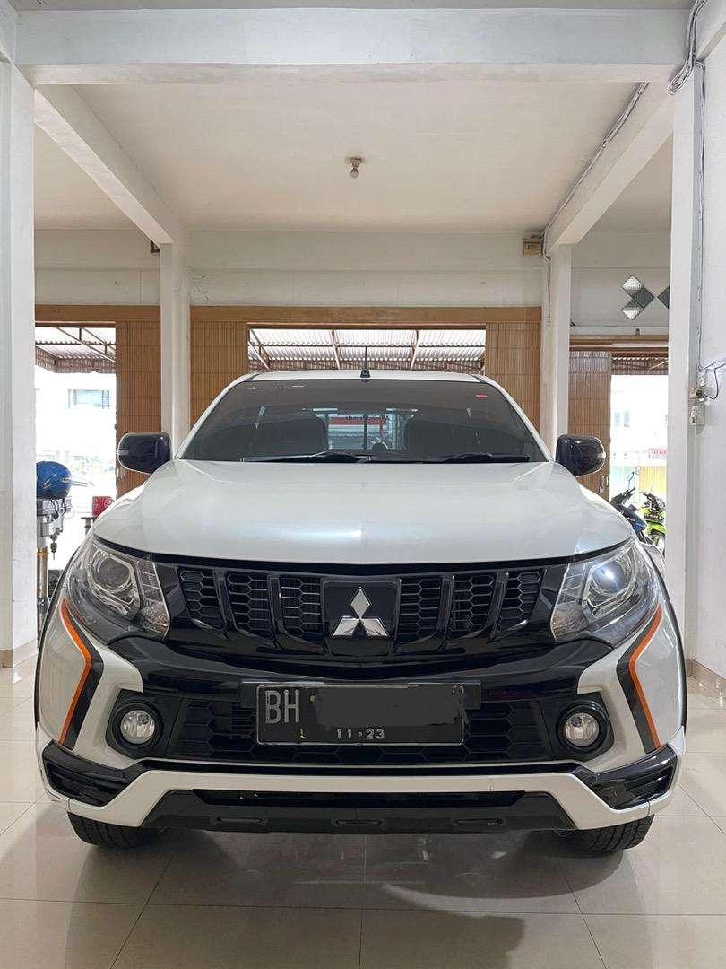 Mitsubishi Strada Triton Athlete 2.5 AT 4x4 0