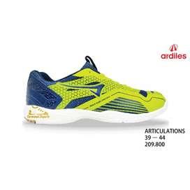 Sepatu Badminton Articulation Ardiles -  Size 38 & 41- Original