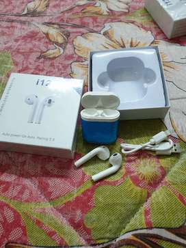 For sale new wireless handfree box pack Airpods