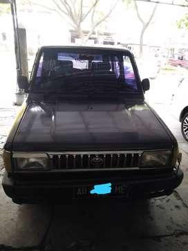 Kijang Rover tahun 1995