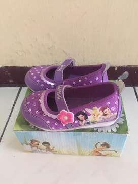 sepatu anak warna ungu