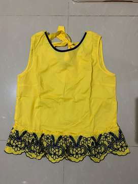 blouse yellow cute