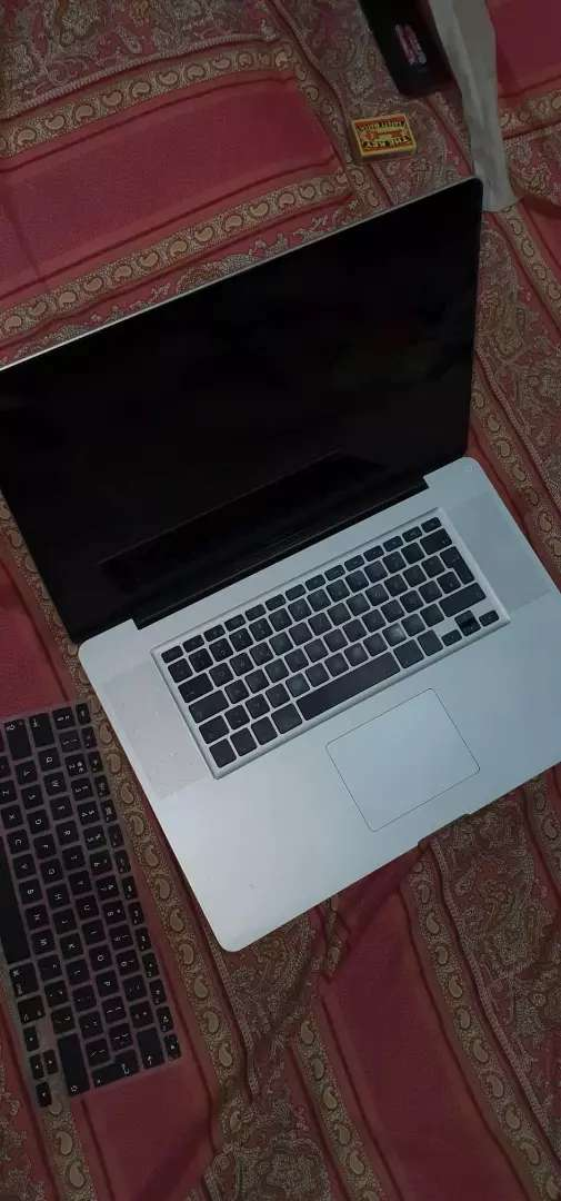 Apple macbook 2009 core2 duo 0