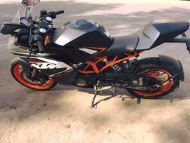 SHOWROOM CONDITION RC200 FOR SALE