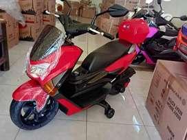 Motor Mainan NMAX Aki / Motor Mainan Yang Bisa Dinaiki Anak / PMB M588