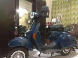 Jual motor Vespa 150 cc