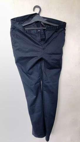 Celana Chino H&M original size 34 - hitam