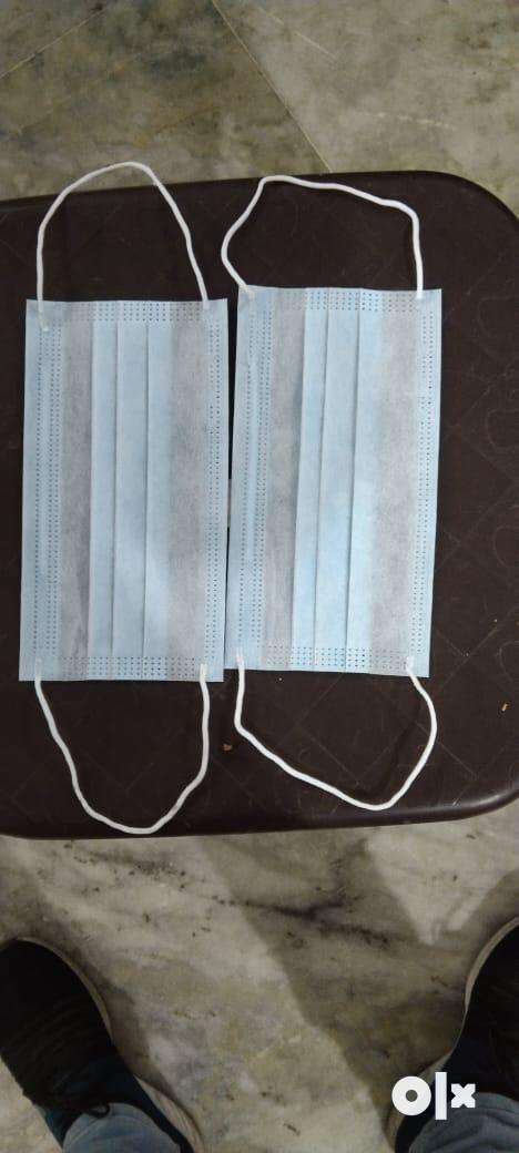 3 layer surgical mask with meltblown and nose nip for sale