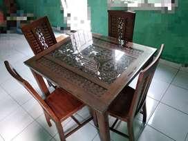 Meja makan kursi 4 kayu jati