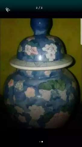 Keramik model guci