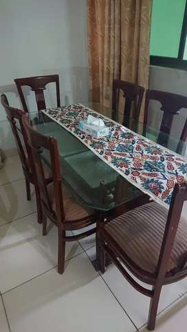 6 seater dining table 100 percent wood