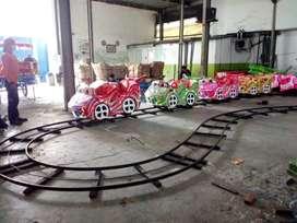 mini roller coaster kereta rel bawah lantai odong kapasitas banyak 11