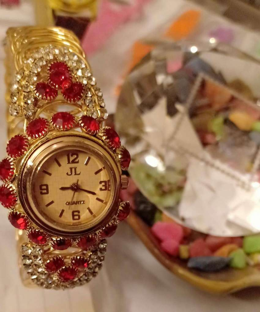 IMPORTED WATCHES 0