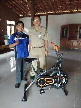 Free Ongkir Sepeda Statis Olahraga Platinum Bike 2 gerakan / Bisa COD
