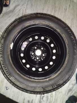 Bridgestone tyre (195/65 R15)