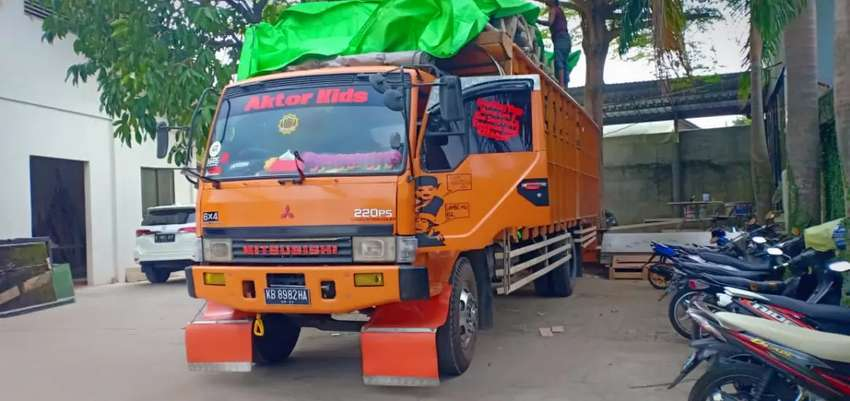 Sedia unit truck CDD//Fuso//Tronton jasa angkut barang 0
