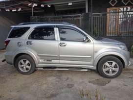 Dijual Toyota Rush Th. 2010, Type S, manual, Silver