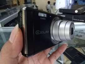 CASIO EXILIM EX ZS5 5X 14MP Kamera Digital Camera Camdig Pocket Poket
