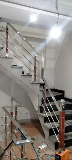 850/.ft Stainless steel stair railing