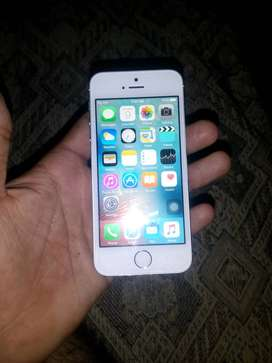 I phone 5s 16 gb working very good condition