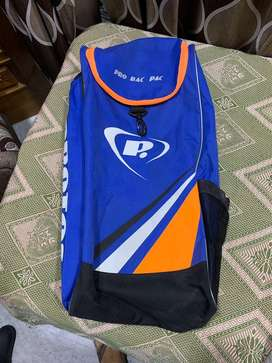 Protos orignal cricket bag and Ac sports junior pads(23 inches)
