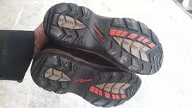 Condition is good power outdoor shoes ha