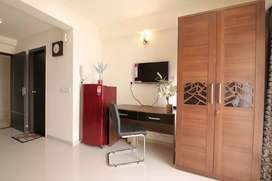 1bhk 8000,2bhk 12000,3bhk 13500 semi and furnished flat for renr