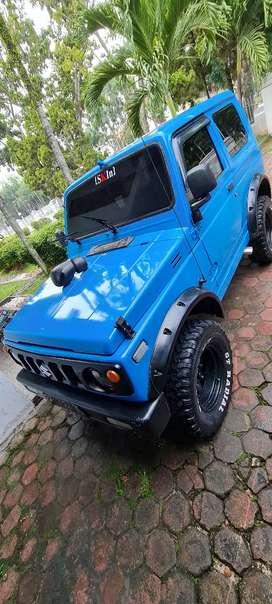 Suzuki Jimny 83