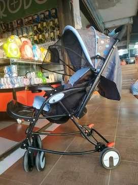Stroller bayi / becak bayi