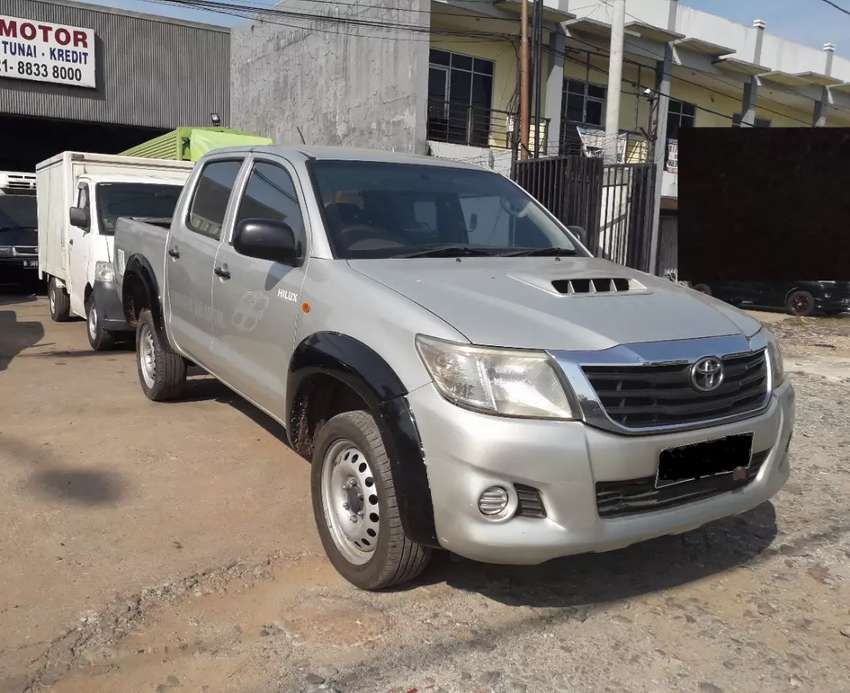 Toyota Hilux Double Cabin PU 2013 0