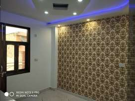 ITS 3BHK PROPERTY AVAIL IN WALKING FROM UTTAM NAGAR WEST METRO