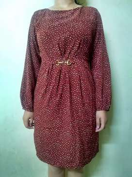 Dress merah ukuran L