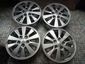 Xpander R15 xpander,exora,apv,luxio,innova,crv,kuda,l300,rush,ertiga
