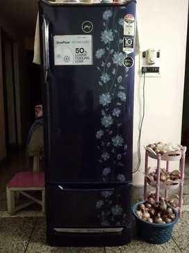 GODREJ EDGE DUO 255-2019 MODEL 4 star fridge
