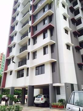 3 bhk fully furnishd branded flat near karaparamba