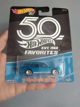 Hotwheels datsun wagon premium