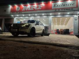 Xuv 500 w8 showroom maintained in immaculate condition