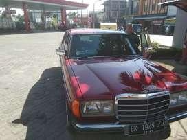 Mercedes Benz W123 1986