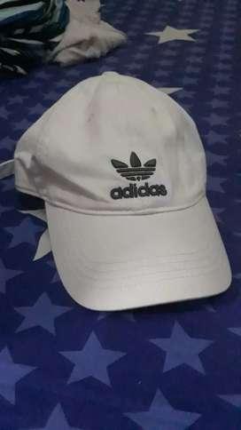 Topi adidas original