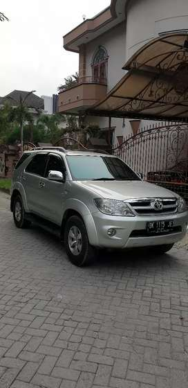 Toyota fortuner g lux matic dp25jt thn 2006(ac double)