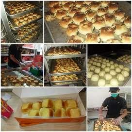 Roti dan kue basah