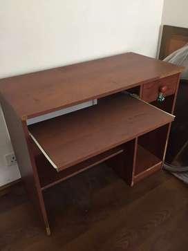 Desktop  comp. Table