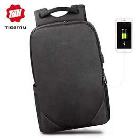 TIGERNU Tas Ransel Backpack 20L dengan USB Port - T-B3601 - Black