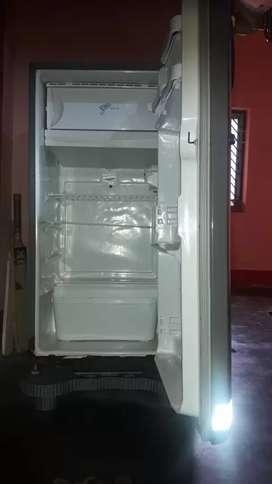 Whirlpool 19masterpiece fridge