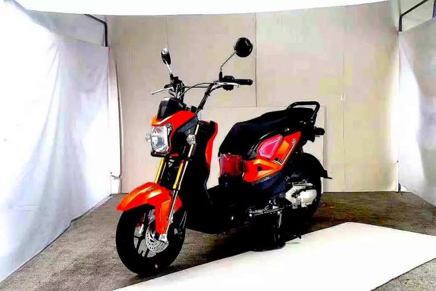 Brand new zero Meter fresh import scooters 150cc engine totally petre 0