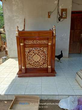 Mimbar masjid ukir Jepara berkualitas
