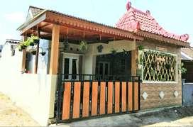 Dijual Rumah Cantik Full Furnish Dalam perum Di Banguntapan WJA-ARS